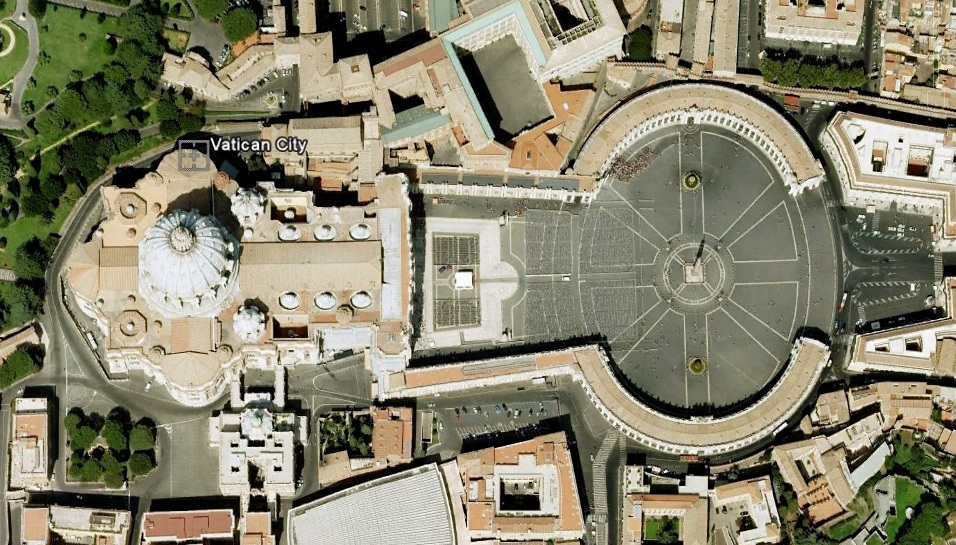 Vatican-Keyhole