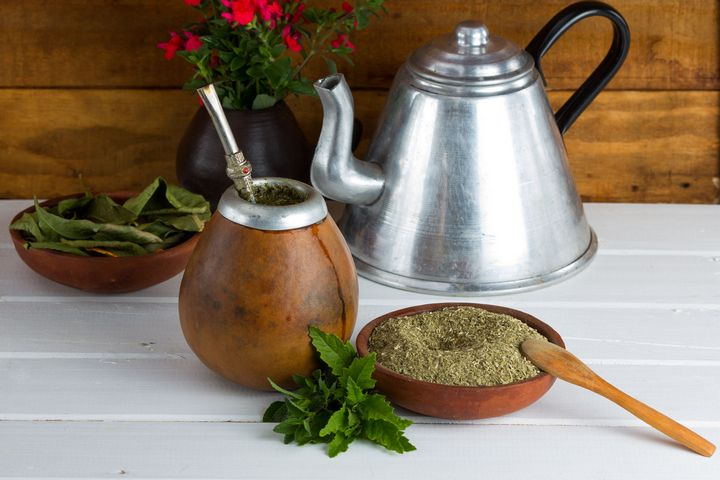10 Health Benefits of Yerba Mate Tea (Better Than Coffee)