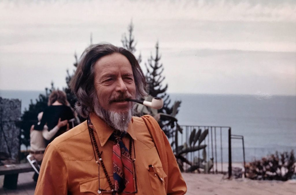 15 Quotes From Alan Watts' Book: 'Out of Your Mind'